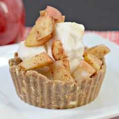 Apple Pie Ice Cream Cups made with @nutsnmore and filled with @arcticzero via www.ingredientsofafitchick.com