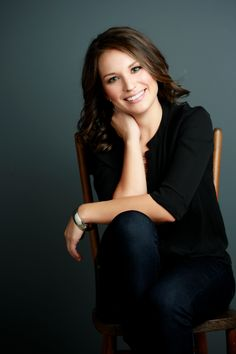 Female photoshoot - businesswoman, Mandy McEwen