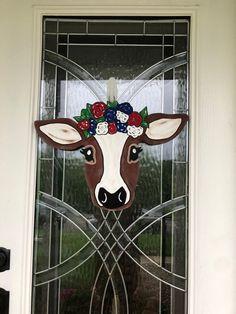 Fall Wooden Door Hangers, Cross Door Hangers, Wood Block Crafts, Wood Crafts, Wood Projects, Painted Doors, Wooden Doors, Wooden Signs, Cow Craft