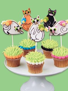 Kitty Cat Cookie Pop Cupcakes