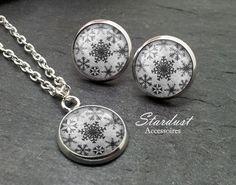 Schmuckset silber ❅ Schneeflocke II grau ❅ von Stardust Accessoires auf DaWanda.com