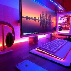 Cool PC Desk Setup