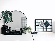 • D e s k / V a n i t y / W o r k s p a c e • • • • When you utilise your desk for more than just one thing. Winning right? Today I'm cleaning my makeup storage and washing my makeup brushes. It's not exciting at first, but knowing I'll have fresh clean brushes to use next time I use my makeup, makes me excited. Have a great day every one! • • • #wednesday #today #love #beautiful #vanity #workspace #makeup #nars #plants #cleaning #dorm #studio #dream_interiors #homeinspo #homedecor…