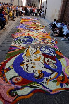 L'infiorata, Spello, Italy...not to be missed!
