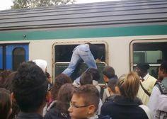 di Tutto Un Po' Italia: Aumentano i pendolari, cala l'uso dei mezzi pubbli...