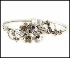 Victorian Primrose Sweetheart Bracelet