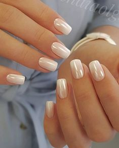 Gentle colors in ombre style will give to your nails an cared look.