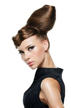Hairstyle Inspiration for the Day <3 the perfect mix of vintage and modern glam!