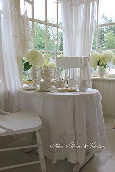 Aiken House & Gardens: A White Sunroom Tea