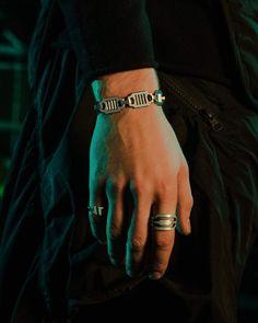 Men Accesories, Costume Jewelry Rings, Dark Men, Rings For Men, Bracelets, Inspired, Futurama, Instagram, Button