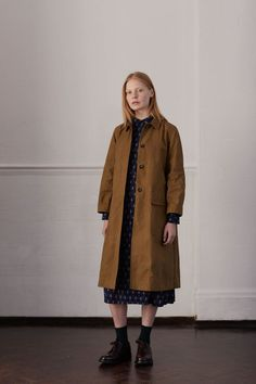 A Complete Guide to Choosing The Perfect Coat That Complements Your Taste This Season - Best Fashion Tips Fashion Games, Fashion Outfits, Stylish Older Women, Stylish Coat, Fashion Project, Other Outfits, Modest Fashion, Beautiful Outfits, Autumn Fashion