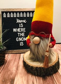 Brand New Harry Potter inspired gnome nordic gnome tomte Christmas Gnome, Christmas Projects, Holiday Crafts, Cute Crafts, Crafts To Do, Diy Crafts, Crafty Craft, Crafting, Harry Potter Decor