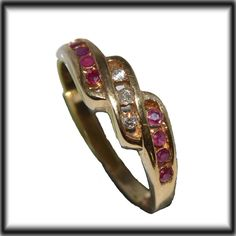 9ct GOLD DIAMONDS & Rubies ring