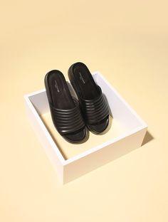 Still life Summer minimal shoes ASAP PARIS on Behance © Clémence Dubois & Anaïs Deschamps