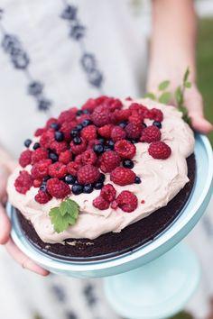 chocolate cake w/ chocolate coconut cream & berries (gluten + dairy free)
