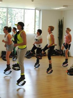 Kangoo Jumps full træning Denmark. I guess its all the rage.. saw on FB too from Mexico.  Def interesting and of course I would def try it!
