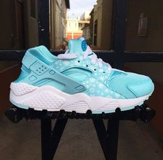 outlet store 5e6cf b51f7 Detailed look at the Copa GS Huarache. Available now. http   ift