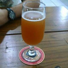 Cerveja TABERNEIRA, estilo Belgian Blond Ale, produzida por  Cervejaria Caseira, Brasil. 7% ABV de álcool.