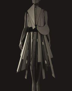 Stylized Sculpture 067, designer: Yohji Yamamoto Photograph Hiroshi Sugimoto