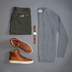 "Men's Winter Fashion Essentials Men's Winter Wardrobe Essentials ""Winter is Coming…"" Ah, wintertime. From the warm fireplaces to the holiday … Mens Winter Wardrobe, Winter Wardrobe Essentials, Fashion Mode, Look Fashion, Winter Fashion, Mens Fashion, Flat Lay Fashion, Petite Fashion, Curvy Fashion"