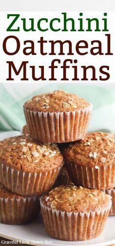 Easy Zucchini Recipes, Vegan Zucchini, Quick Bread Recipes, Zucchini Muffins, Oatmeal Muffins, Dinner Bread, Cupcake Cakes, Cupcakes, Dessert Bread