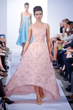 Oscar de la Renta Pink Floral Embellished Evening Gown Spring/Summer 2013 SZ 10 #OscarDeLaRenta #BallGown #Formal