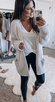lovely casual fall outfit ideas to copy right now 20 ~ my.me lovely casual fall outfit ideas t. Best Casual Outfits, Fall Fashion Outfits, Casual Summer Outfits, Mode Outfits, Fall Winter Outfits, Autumn Fashion, Casual Shopping Outfit, Winter Clothes, Work Fashion