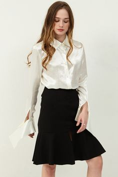 Kimberly Silky blouse  >>Discover the latest fashion trends online at storets.com #sillkblouse #whitesillky #blouse
