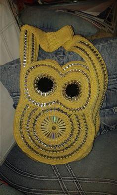 """A bagolytáska, aki még mindig nincs kész :( Köszönet az eddigiekért Lorena Cruz! <3 ------ the """"notyetready"""" owl bag :( Thanks for the  already made work to Lorena Cruz! <3"""