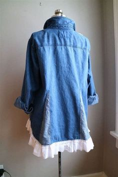 XLarge Upcycled Denim Tunic Upcycled Clothing by BentEdgeAlchemy Diy Clothing, Sewing Clothes, Clothing Patterns, Second Hand Kleidung, Denim Tunic, Denim Shirt Dress Outfit, Denim Shirts, Linen Tunic, Shirt Refashion