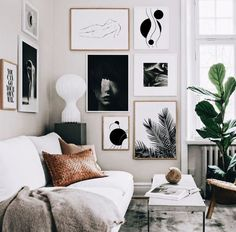 How To Quickly And Easily Create A Living Room Furniture Layout? Living Room Mirrors, Boho Living Room, Cozy Living Rooms, Living Room Furniture, Living Room Decor, Apartment Living, Decorate Apartment, Small Apartment Decorating, Wall Mirrors