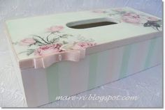 romantic tissues box
