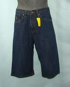 Mens Rocawear short pants size 32