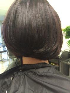 Bobline  Kapsalon SstijlL  Bob haircut Bob Hairstyles, Chokers, Hair Cuts, Hair Models, Bobs, Hair Styles, Smooth, Image, Fashion