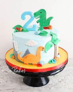 Dinosaur Cakes For Boys, Dinosaur Birthday Cakes, 4th Birthday Cakes, Dinosaur Cookies, Dinosaur Party, Birthday Ideas, Birthday Cake For Him, Cookie Cake Birthday, Bolo Dino