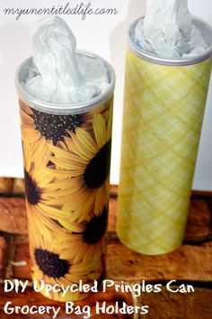 12 Upcycle DIY Projects That Prove Everything Deserves A Second Chance DIY Upcycled Pringles Can Grocery Bag Holder Grocery Bag Storage, Grocery Bag Holder, Grocery Bags, Pringles Dose, Pringles Can, Diy Recycling, Recycling Storage, Recycling Projects, Diy Rangement