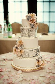 Wedding cake pour un mariage sur le thème de la littérature