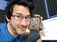 Mark and Tiny Box Tim are so cute.<3 I need this tiny box tim! He's the best one I've seen!