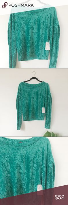 NWT Free People We The Free Milan Layering Top So cute and trendy! Beautiful green crushed velvet. New! Free People Tops Blouses