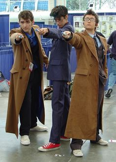 Wow, I actually thought the one on the far left was David Tennant! Awesome cosplay