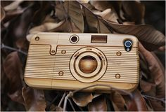 IPHONE 4 WOODEN BAMBOO CASE  This cool case was created by William Mak from SigniCASE. He assures that all products are made from eco-friendly materials, from product to packaging, they use natural renewable and recyclable materials ever possible. All cases are 100% designed and hancrafted at their workshop, the patterns are laser engraved.