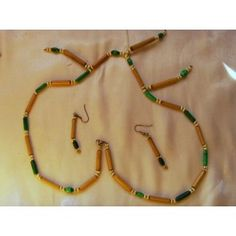 Hand crafted bamboo & Malachite necklace, 72cm