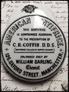 Antique Dentifrice Pot Lid. England.