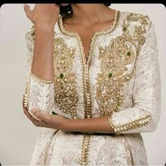 See this Instagram photo by @caftan.chic • 17 likes