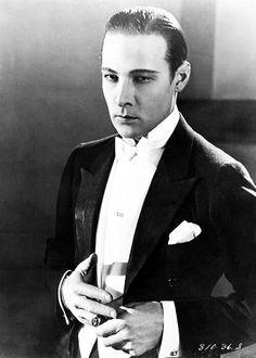 Rudolph Valentino in a scene from Cobra, 1925.