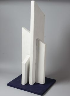 Vladimir Andreenkov. White structure. Painted wood, 73 x 22 x 28, 2006