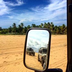 """""""Today I woke up and as usual I didn't have to look at the mirror. I know I'm gorgeous"""" (Land Rover Defender)  #XNE #offroad #mirror #rearviewmirror #praiadomaceio #camocim #ceara #Brazil #xneoffroad #landrover #landroverdefender #def110 #defender110 #beach #praias #turismodeaventura #adventure #adventuretravel #adventuretourism #mtur #rotadasemoções #lovemyjob by extremonordeste """"Today I woke up and as usual I didn't have to look at the mirror. I know I'm gorgeous"""" (Land Rover Defender)…"""