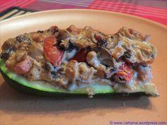 Gefüllte Zucchini - mit Tomaten, Aubergine, Champignon und Paprika