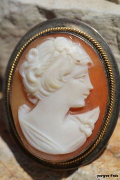 Vintage 800 Silver Hand Carved Shell Cameo Pendant Brooch Pin