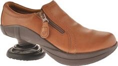 ZCoil Loryn Women 11 CarmelDBrown Spring *** Click on the image for additional details. (This is an affiliate link) #WomensWalkingShoes